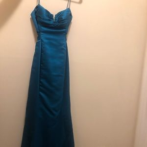 Laundry by Shelli Segal Satin Teal Gown